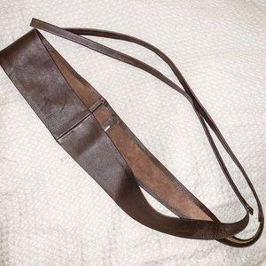 RUDSAK brown leather waist belt